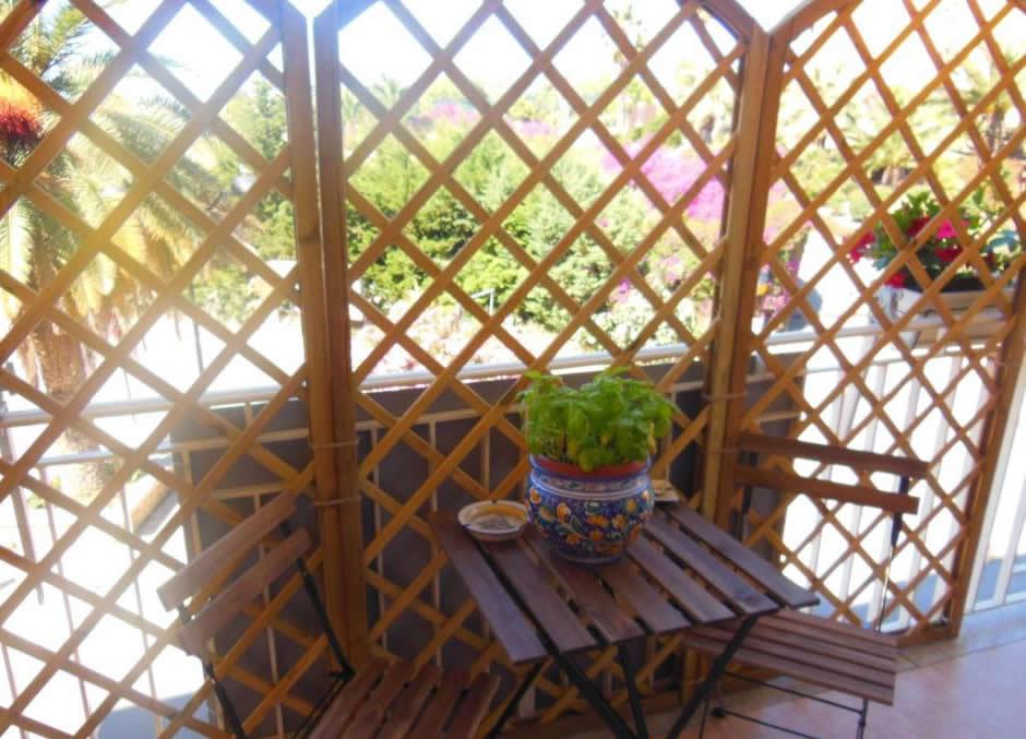 balcone colazione sulla valle
